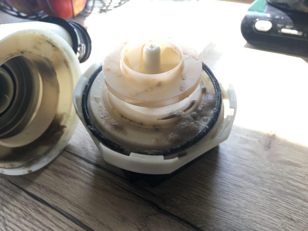 Zmywarka Whirlpool pompa z grzałką