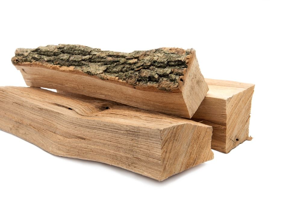 rodzaje drewna kominkowego